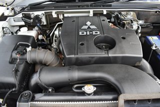 2017 Mitsubishi Pajero NX MY17 GLS Wicked White 5 Speed Sports Automatic Wagon