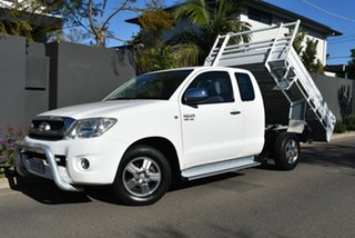 2009 Toyota Hilux GGN15R MY09 SR5 Xtra Cab 4x2 White 5 Speed Automatic Utility.