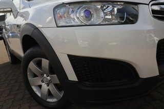 2014 Holden Captiva CG MY14 7 LS (FWD) White 6 Speed Automatic Wagon.