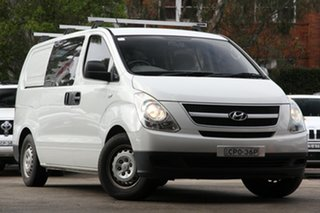 2010 Hyundai iLOAD TQ White 5 Speed Automatic Van.