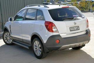 2014 Holden Captiva CG MY14 5 LT White 6 Speed Manual Wagon.