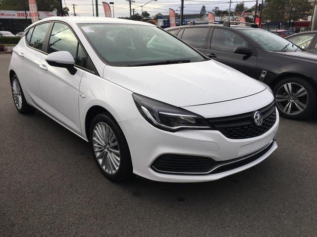 Used Holden Astra BK MY17 R, 2016 Holden Astra BK MY17 R White 6 Speed Sports Automatic Hatchback