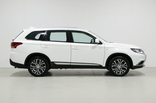 2018 Mitsubishi Outlander ZL MY19 ES 7 Seat (AWD) White Continuous Variable Wagon