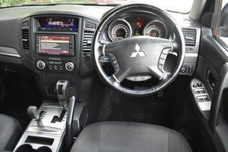 2010 Mitsubishi Pajero NT MY10 Platinum Black 5 Speed Sports Automatic Wagon