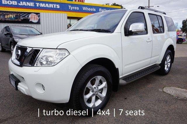 Used Nissan Pathfinder R51 MY10 TI, 2013 Nissan Pathfinder R51 MY10 TI Arctic White 5 Speed Sports Automatic Wagon