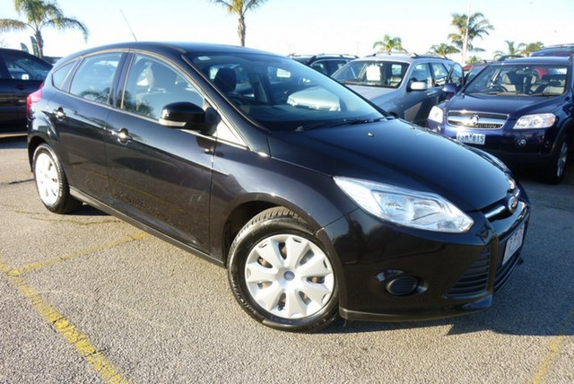 Used Ford Focus LW MkII Ambiente PwrShift, 2012 Ford Focus LW MkII Ambiente PwrShift Panther Black 6 Speed Automatic Hatchback