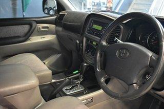 2004 Toyota Landcruiser HDJ100R GXL (4x4) Gold 5 Speed Automatic Wagon.