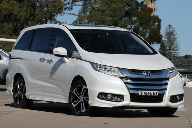 Used Honda Odyssey RC MY15 VTi-L, 2015 Honda Odyssey RC MY15 VTi-L White Continuous Variable Wagon