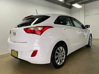 2014 Hyundai i30 GD MY14 Active White 6 Speed Automatic Hatchback.