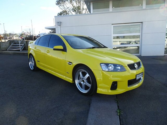 Used Holden Commodore VE II MY12.5 SS Z Series, 2012 Holden Commodore VE II MY12.5 SS Z Series Hazard Yellow 6 Speed Manual Sedan