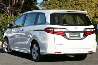 2019 Honda Odyssey RC MY19 VTi Platinum White 7 Speed Constant Variable Wagon.