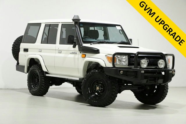 Used Toyota Landcruiser VDJ76R MY12 Update Workmate (4x4), 2016 Toyota Landcruiser VDJ76R MY12 Update Workmate (4x4) White 5 Speed Manual Wagon