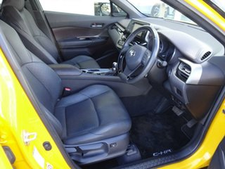 2017 Toyota C-HR NGX10R Koba S-CVT 2WD Hornet Yellow – Black Roof 7 Speed Constant Variable Wagon