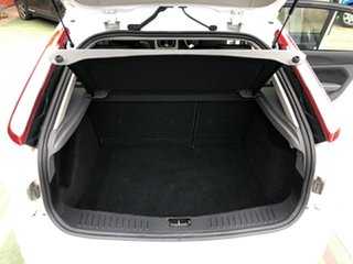 2010 Ford Focus LV TDCi White 6 Speed Manual Hatchback