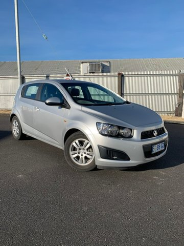 Used Holden Barina TM MY15 CD, 2015 Holden Barina TM MY15 CD White 5 Speed Manual Hatchback