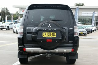 2010 Mitsubishi Pajero NT MY10 Platinum Black 5 Speed Sports Automatic Wagon