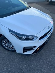 2020 Kia Cerato BD MY20 S Clear White 6 Speed Sports Automatic Sedan.