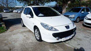 2006 Peugeot 307 T6 XS White 4 Speed Sports Automatic Hatchback.