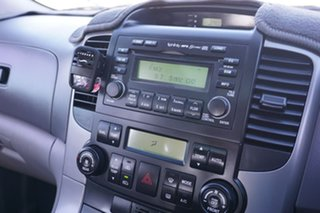 2008 Kia Grand Carnival VQ MY08 Platinum White 5 Speed Sports Automatic Wagon