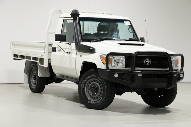 Used Toyota Landcruiser VDJ79R MY18 Workmate (4x4), 2017 Toyota Landcruiser VDJ79R MY18 Workmate (4x4) White 5 Speed Manual Cab Chassis