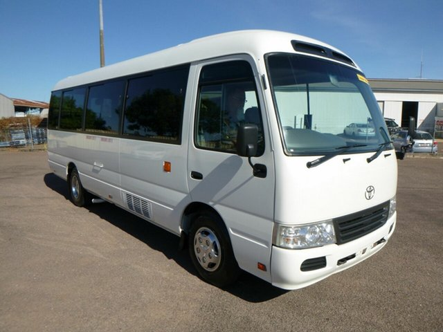 Used Toyota Coaster XZB50R , 2014 Toyota Coaster XZB50R White Passenger Bus 4.0l