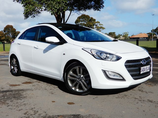 Used Hyundai i30 GD3 Series II MY16 SR Premium, 2015 Hyundai i30 GD3 Series II MY16 SR Premium White 6 Speed Manual Hatchback