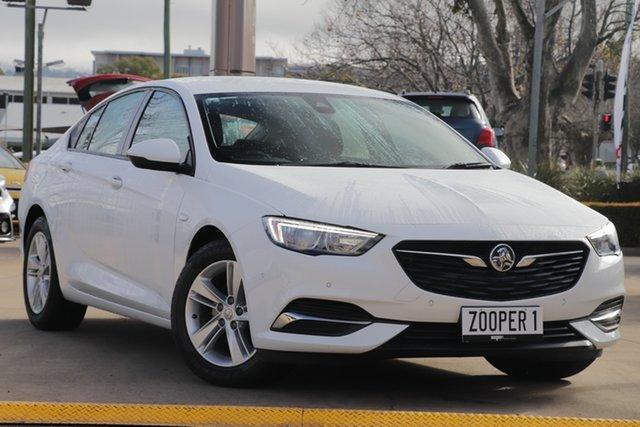 Used Holden Commodore ZB MY18 LT Liftback, 2018 Holden Commodore ZB MY18 LT Liftback White 9 Speed Sports Automatic Liftback
