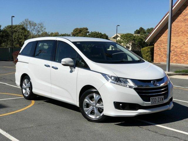 Used Honda Odyssey RC MY16 VTi, 2016 Honda Odyssey RC MY16 VTi White 7 Speed Constant Variable Wagon