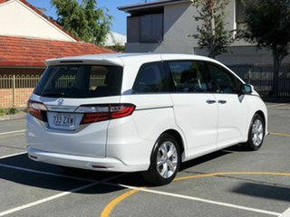 2016 Honda Odyssey RC MY16 VTi White 7 Speed Constant Variable Wagon.