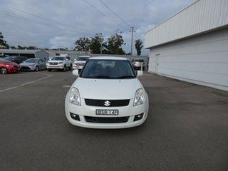 2010 Suzuki Swift RS415 White 5 Speed Manual Hatchback.