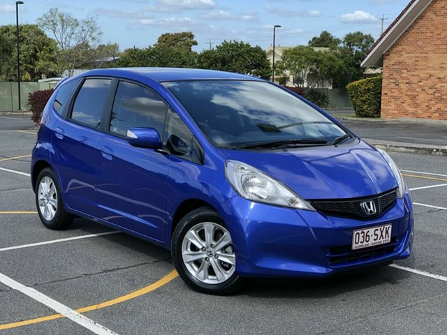 Used Honda Jazz GE MY13 Vibe, 2013 Honda Jazz GE MY13 Vibe Purple 5 Speed Automatic Hatchback
