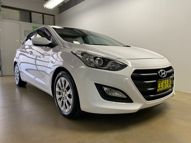 Used Hyundai i30 GD3 Series 2 Active, 2015 Hyundai i30 GD3 Series 2 Active White 6 Speed Automatic Hatchback