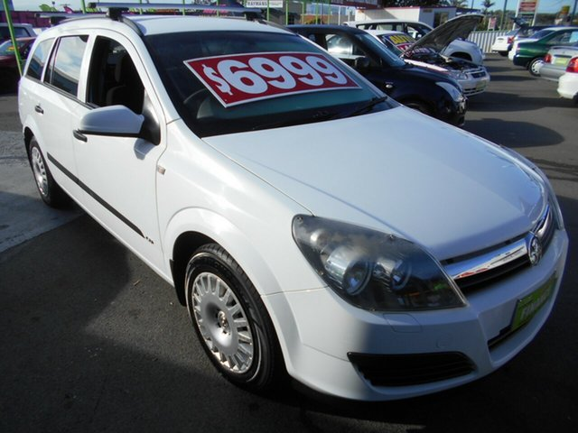 Used Holden Astra AH MY05 CD Springwood, 2005 Holden Astra AH MY05 CD White 5 Speed Manual Wagon