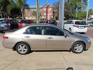2004 Honda Accord 40 VTi Gold 5 Speed Automatic Sedan.