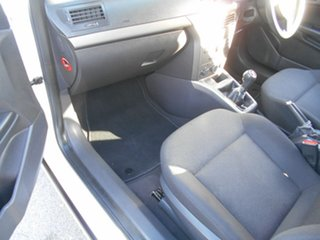 2005 Holden Astra AH MY05 CD White 5 Speed Manual Wagon