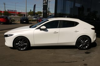 2020 Mazda 3 BP2H7A G20 SKYACTIV-Drive Evolve White 6 Speed Sports Automatic Hatchback.