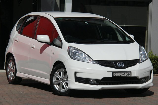 Used Honda Jazz GE MY12 VTi, 2012 Honda Jazz GE MY12 VTi White 5 Speed Automatic Hatchback