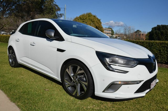 Used Renault Megane B95 MY14 GT-Line Premium Toowoomba, 2016 Renault Megane B95 MY14 GT-Line Premium White 6 Speed Automatic Hatchback