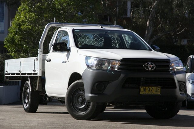 Used Toyota Hilux TGN121R MY19 Upgrade Workmate, 2019 Toyota Hilux TGN121R MY19 Upgrade Workmate White 6 Speed Automatic Cab Chassis