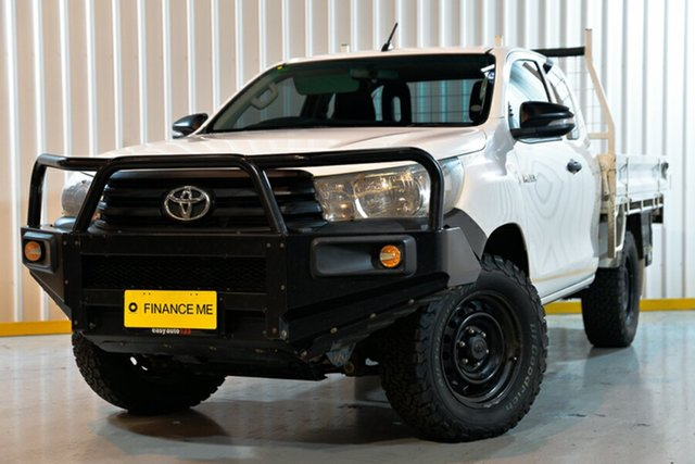 Used Toyota Hilux GUN125R Workmate Extra Cab, 2016 Toyota Hilux GUN125R Workmate Extra Cab White 6 Speed Manual Cab Chassis