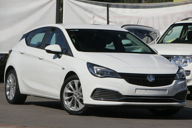 Used Holden Astra BK MY18.5 R, 2018 Holden Astra BK MY18.5 R White 6 Speed Sports Automatic Hatchback