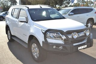2017 Holden Trailblazer RG MY17 LT White 6 Speed Sports Automatic Wagon.