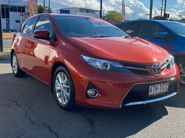 Used Toyota Corolla ZRE182R Ascent S-CVT, 2013 Toyota Corolla ZRE182R Ascent S-CVT Orange 7 Speed Constant Variable Hatchback