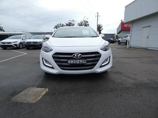 2015 Hyundai i30 GD3 Series II MY16 SR White 6 Speed Sports Automatic Hatchback.
