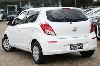 2015 Hyundai i20 PB MY14 Active White Automatic Hatchback.