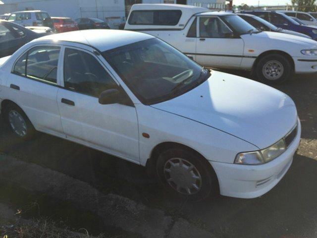 Used Mitsubishi Lancer CE GLXi Traralgon, 2000 Mitsubishi Lancer CE GLXi White 4 Speed Automatic Sedan