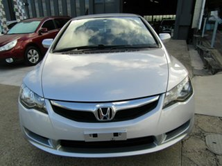 2009 Honda Civic 8th Gen MY09 VTi Silver 5 Speed Manual Sedan