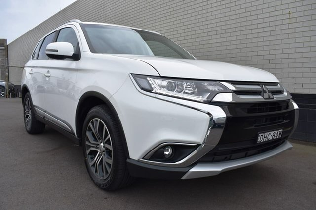 Used Mitsubishi Outlander ZK MY16 LS 4WD, 2016 Mitsubishi Outlander ZK MY16 LS 4WD White 6 Speed Constant Variable Wagon