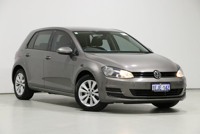 Used Volkswagen Golf AU MY14 90 TSI Comfortline, 2013 Volkswagen Golf AU MY14 90 TSI Comfortline Grey 6 Speed Manual Hatchback