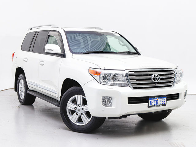 Used Toyota Landcruiser VDJ200R MY13 Sahara (4x4), 2015 Toyota Landcruiser VDJ200R MY13 Sahara (4x4) White 6 Speed Automatic Wagon